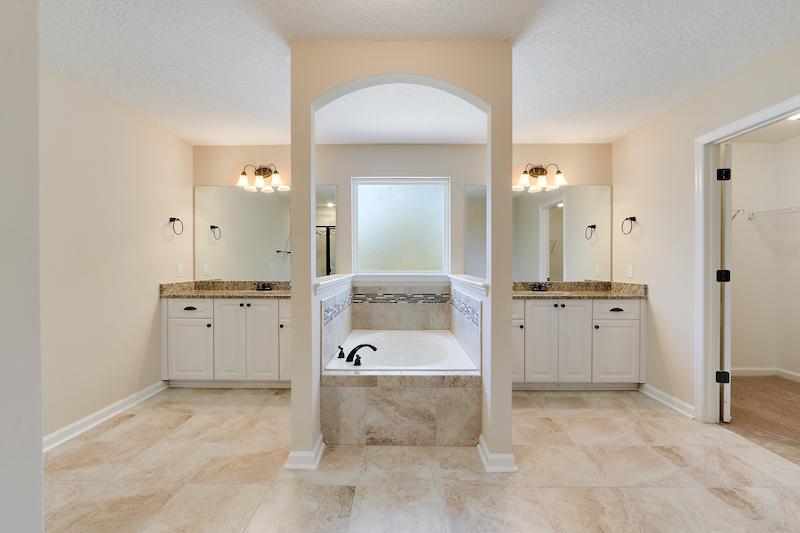 Master Bath (1)